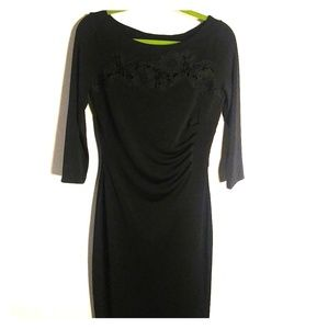 Tahari long sleeve dress size 4